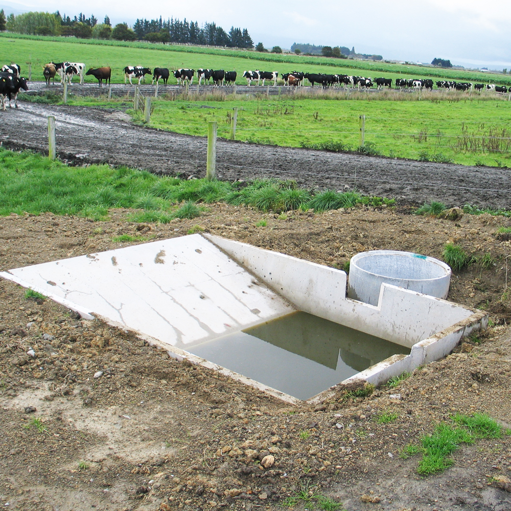 Humes Concrete precast Stonetrap with trough v2