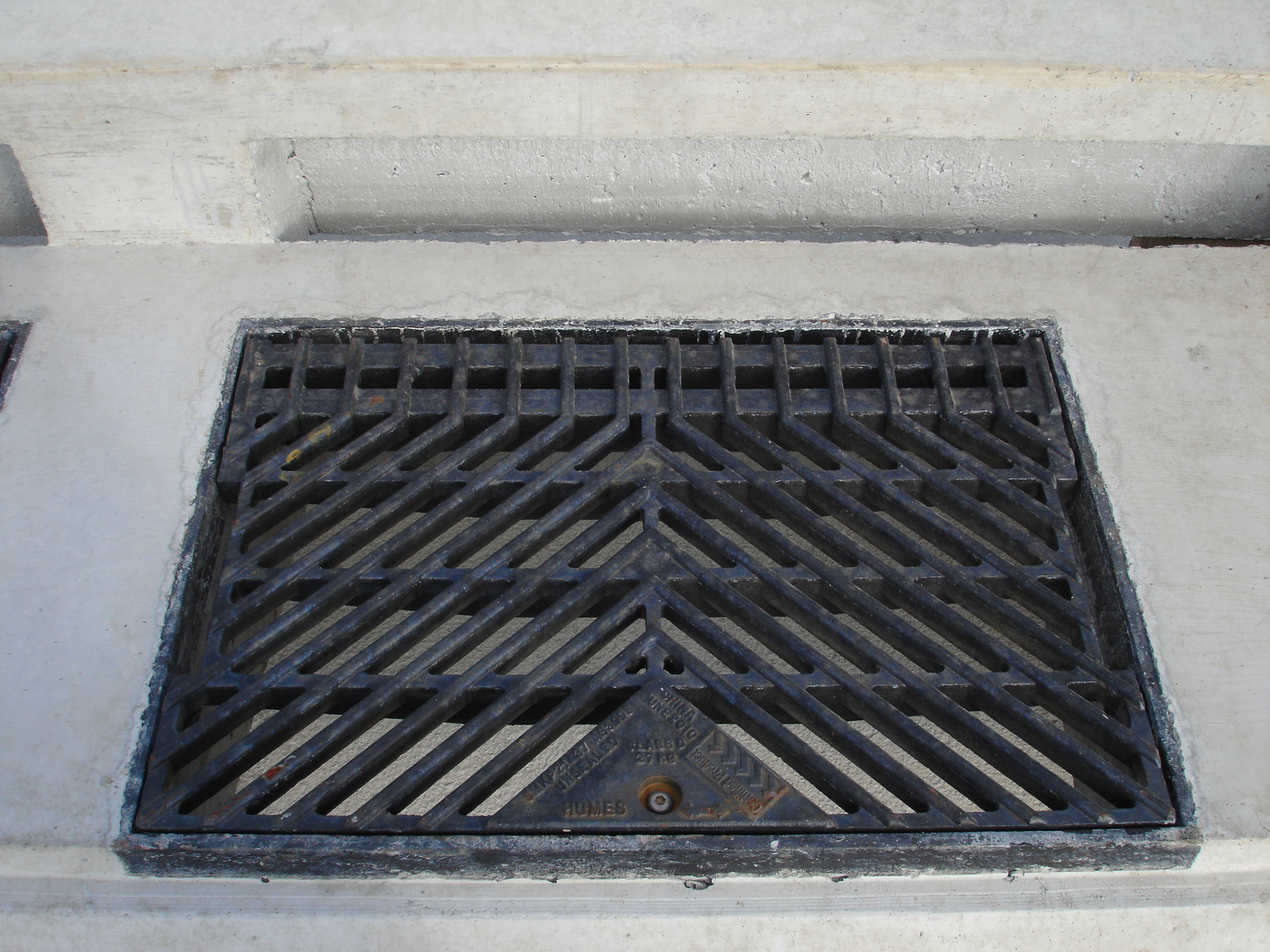 Humes Frames and Grates HUSHPit